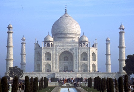 Front view of Taj Mahal India